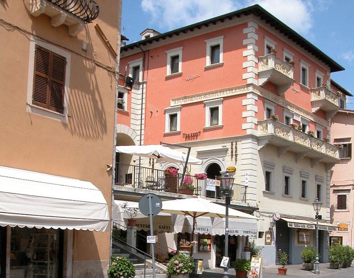 Cascia - Via Garibaldi